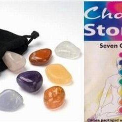 Set de 7 cristale naturale cu saculet de catifea, negru